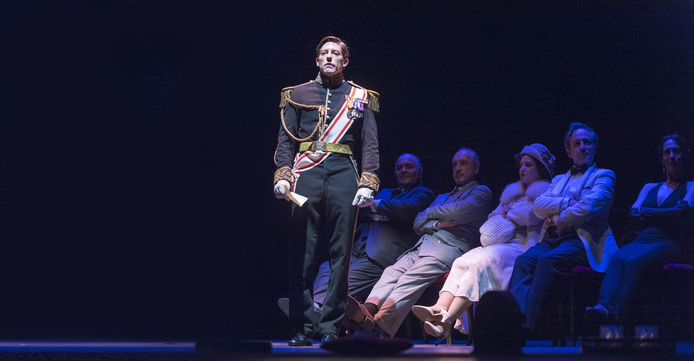José Velasco trae a España la primera adaptación teatral de El Discurso del Rey